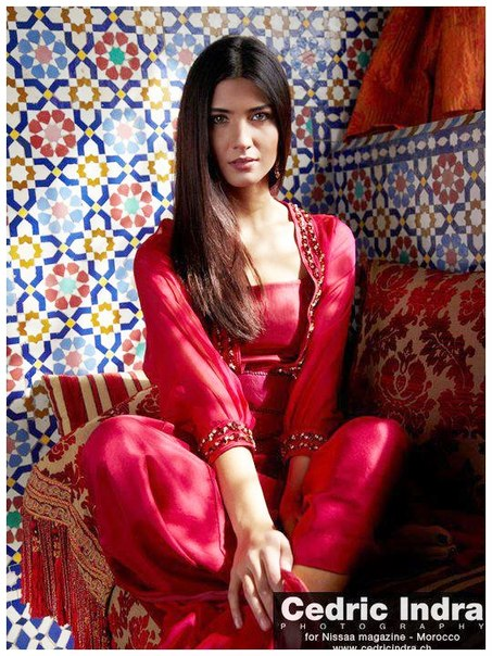фото девушек турецких звезд